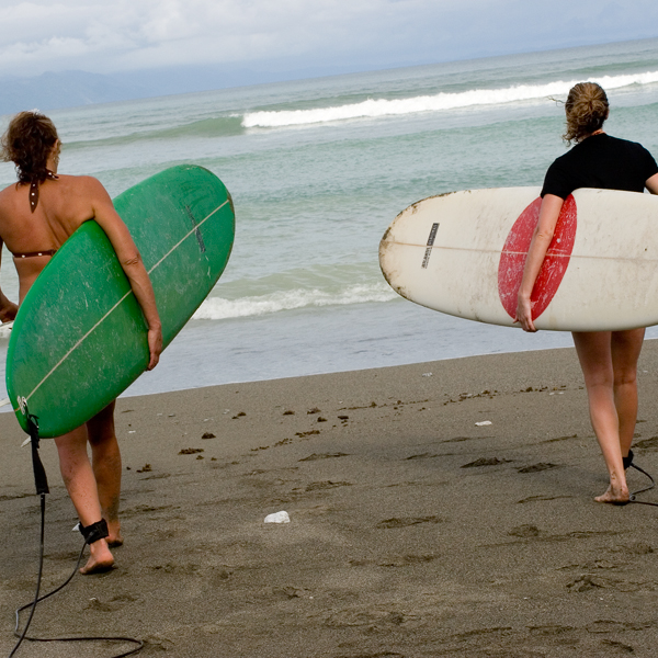 2 ladies w boards